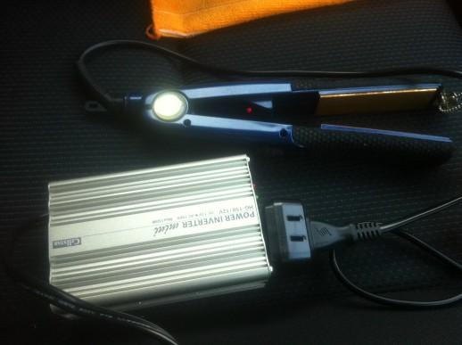 車内で家電を使用するインバーター
